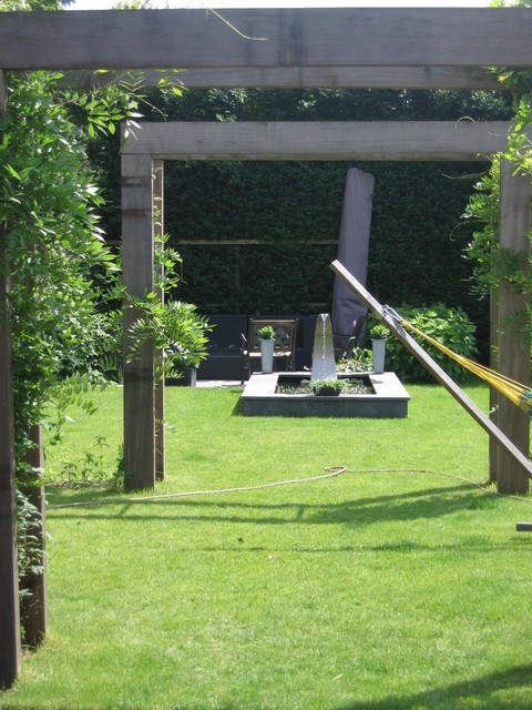 Garden design modern now showing after it's first year contemporary-landscape