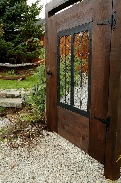 Garden Gate Traditional Landscape Vancouver