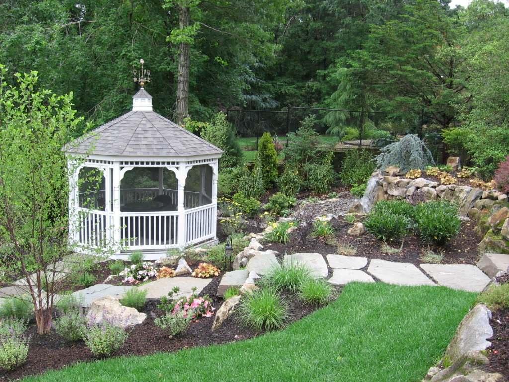 Garden Gazebos & Blue Stone Walkways