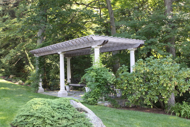 Garden pergola traditional landscape new york by for Pergola images houzz