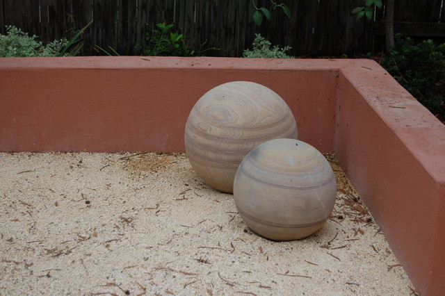 Garden Spheres traditional landscape