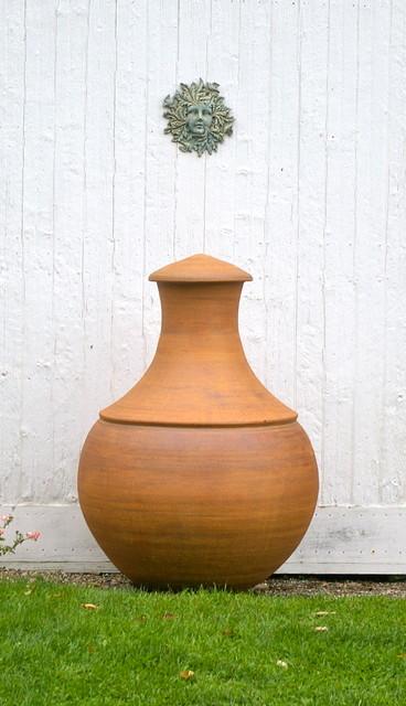Garden Vessels traditional-garden-sculptures