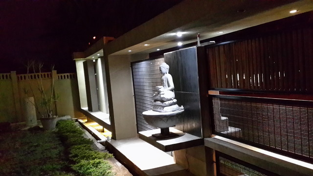 Garden wall and water feature design and construction for Outdoor feature wall ideas