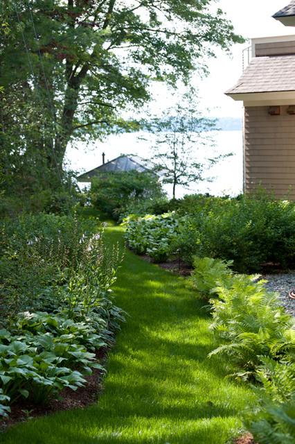 Gardens by the bay south burlington vt traditional for Garden supply burlington vermont