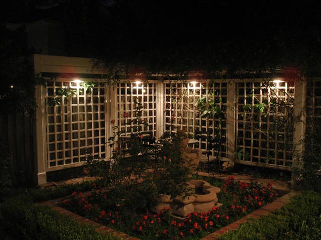 Trellis Lighting | Expert Outdoor Lighting Advice