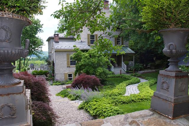 Gentlemen's Country Estate eclectic-landscape