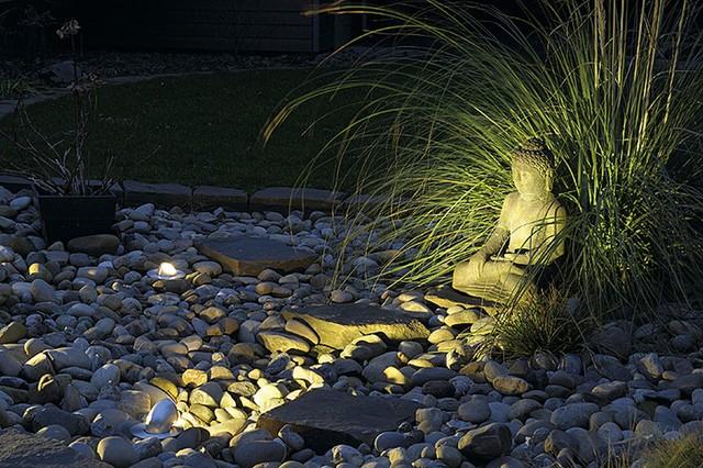 Gimble Out 90 contemporary-landscape