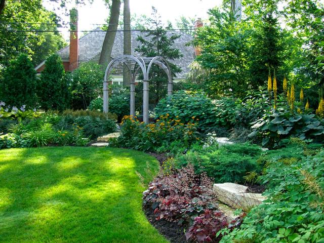 Glencoe garden traditional landscape chicago by for Arborvitae garden designs