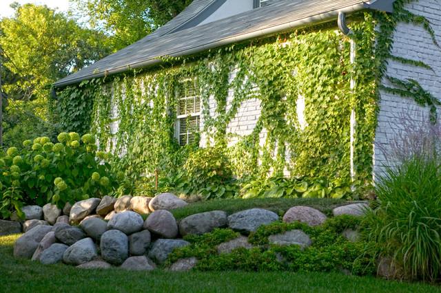 Glencoe Residence traditional-landscape
