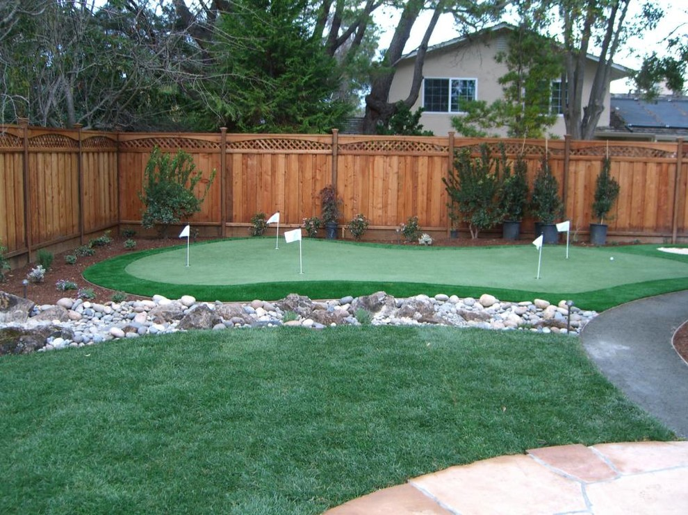Tips on How to Turn Your Backyard into a Golf Course