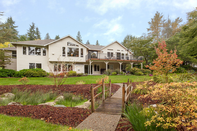 Gorgeous Snohomish Home for Sale traditional-landscape