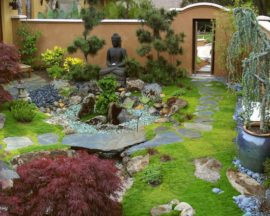 Miniature japanese zen garden design photograph japanese g for Small zen garden designs