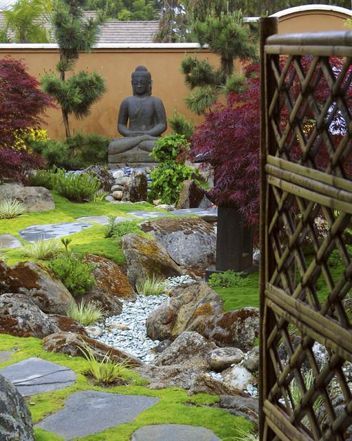 Soothe Your Spirit With A Buddha In The Garden Simple Buddhist Garden Design Decoration