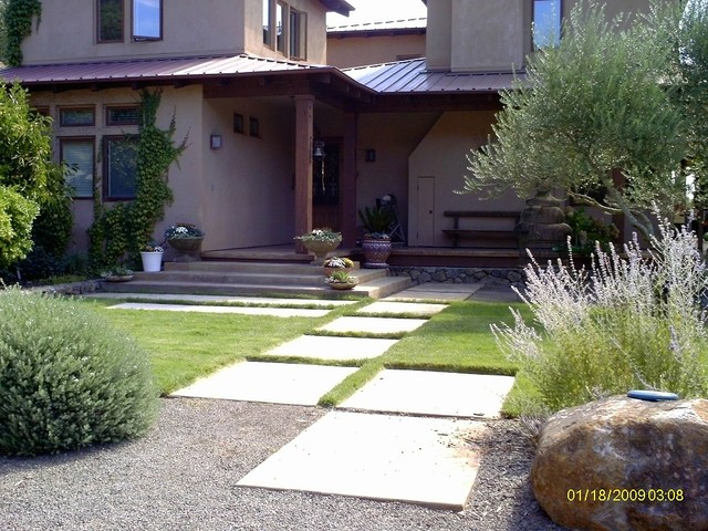 Grand Entrance with Giant Pavers contemporary-landscape