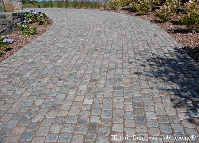 Cobblestone Driveway Bay Harbor Michigan Traditional