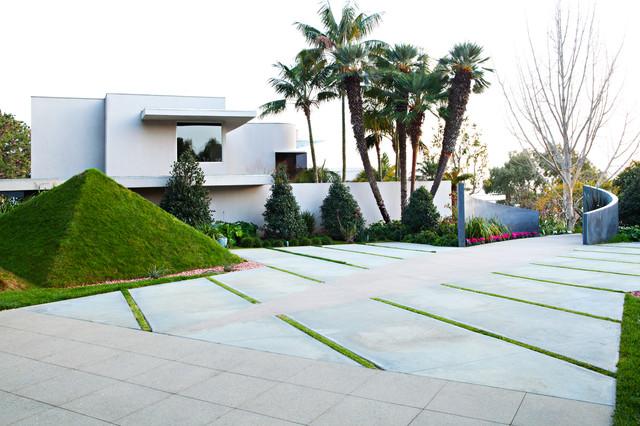 grass pyramids - modern - landscape - orange county