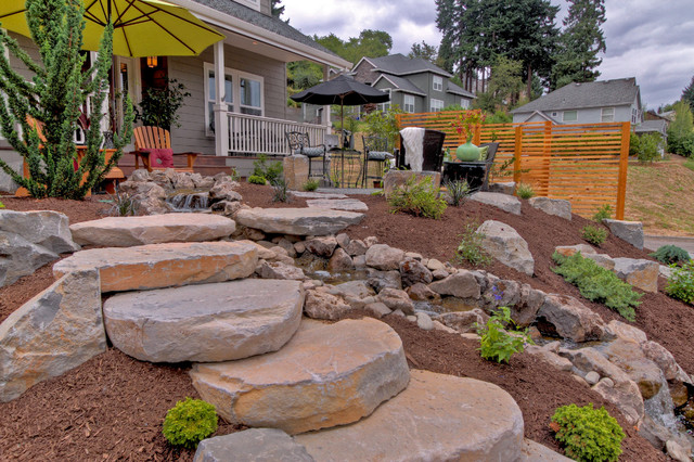 Gravel Courtyad Water Fall Slab Stone Steps Privacy