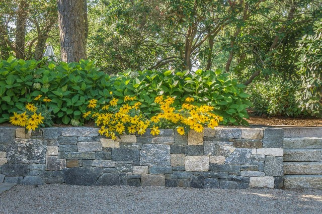 Gravel driveway and granite retaining wall landscape cape for Cape cod stone and gravel