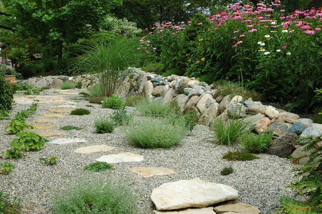 Gravel garden and grasses for Gravel garden designs