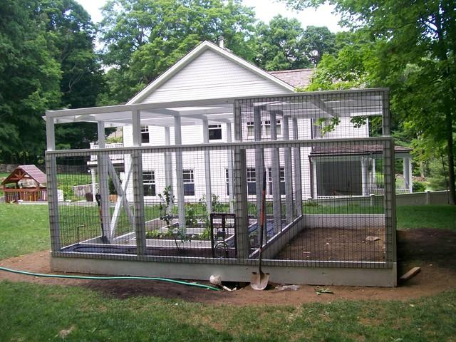 Greenwich ct residential 4 garden system chicken coop for Teich design nyc