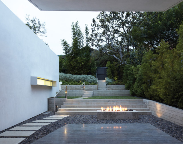Griffin enright architects santa monica canyon residence for Landscaping rocks los angeles