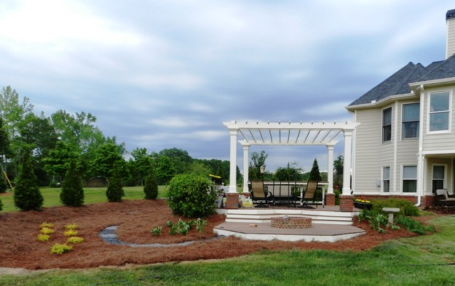 Hardscape Projects traditional-landscape