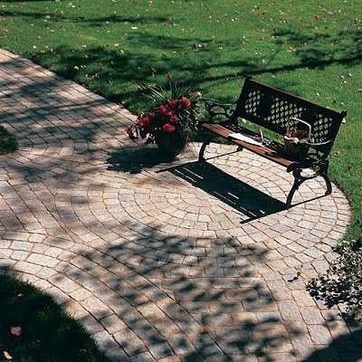 Hardscapes traditional-landscape