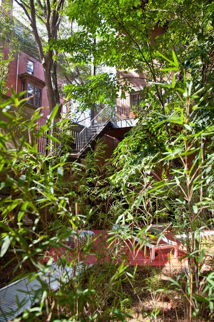 Harriet's Garden contemporary-landscape