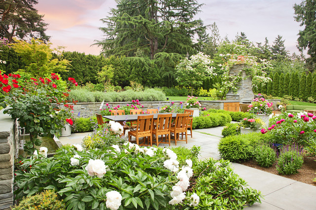 Hawthorne Hills Residence traditional-landscape