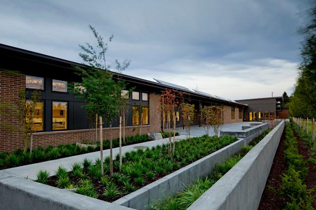 Hayes Freedom High School Modern Landscape Portland