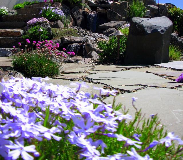 Highlands Residence asian-landscape