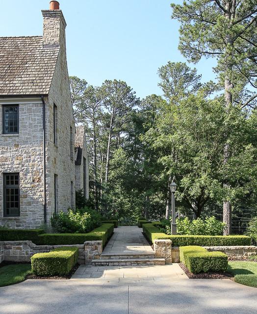 Landscape Of Atlanta: English Hillside Manor