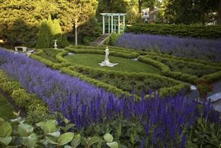 Historic Formal Garden, Wilmette, Illinois traditional-landscape