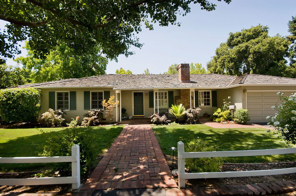 Photo of a traditional shade front yard brick landscaping in San Francisco.