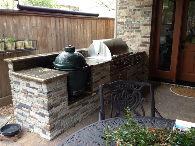Houston Patio With Built in Big Green Egg Nest Contemporary