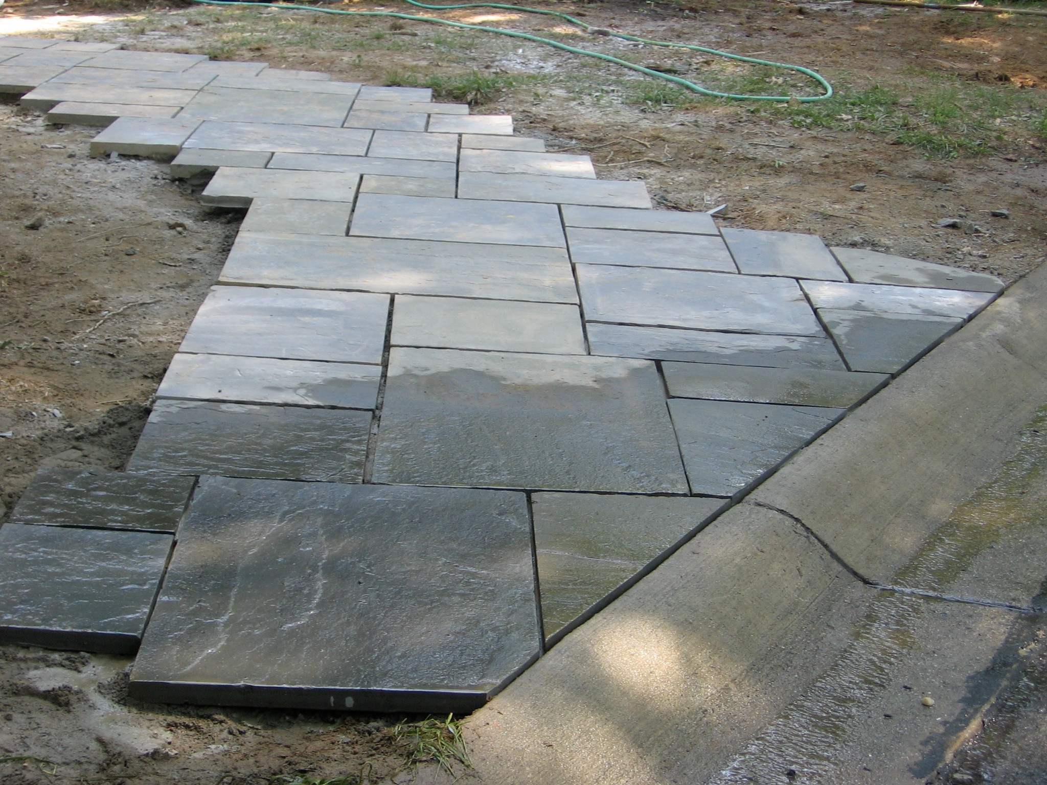 How to make a curved flagstone walk