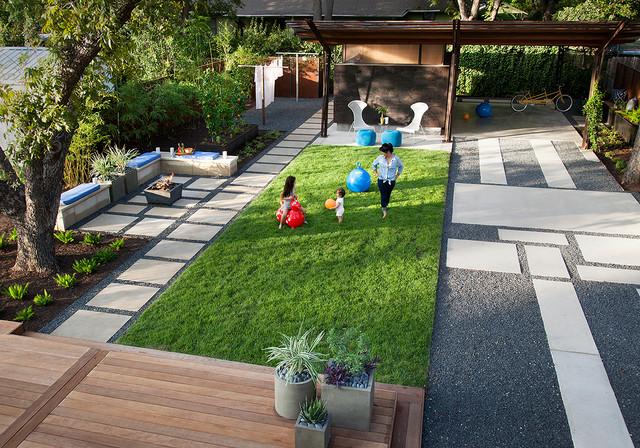 Merveilleux Modern Landscape By B. Jane Gardens