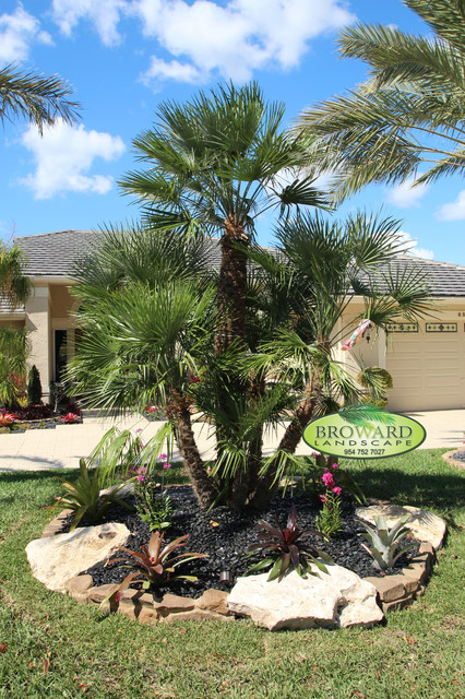 Island landscaping tropical landscape miami by for Landscaping rocks broward county