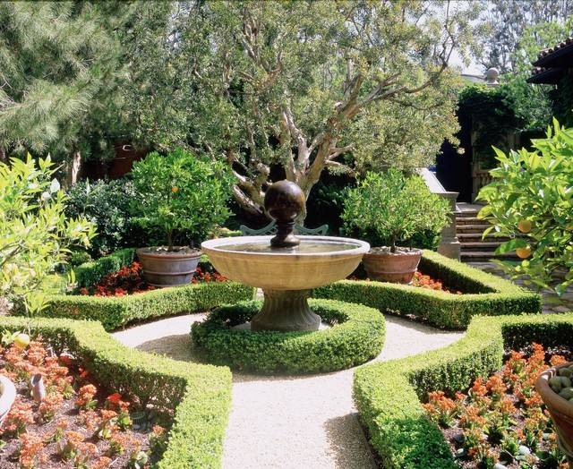 Landscape Garden Fountain : Italian style in newport coast california traditional