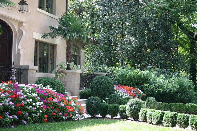 Italian villa traditional landscape atlanta by for Landscape villa design
