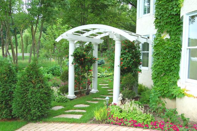 Italian villa design traditional garden minneapolis for Italian landscape design