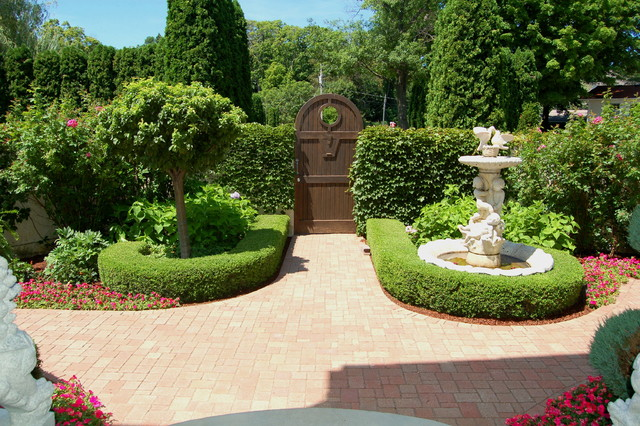 Italian villa design traditional landscape for Italian garden design