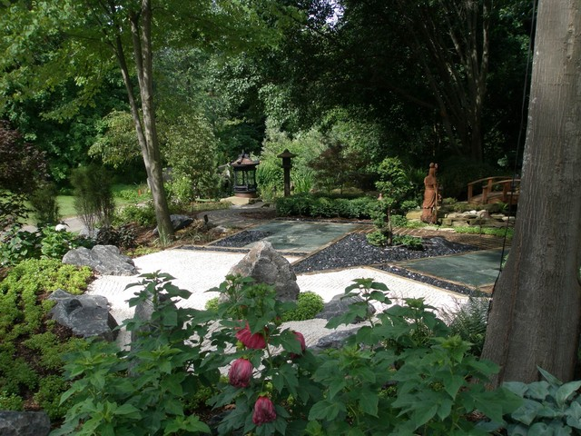 Japanese garden asian landscape grand rapids by for Landscaping rocks grand rapids mi