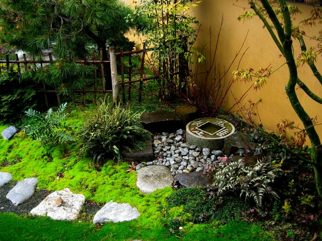 Japanese stone basin for Asian landscape design
