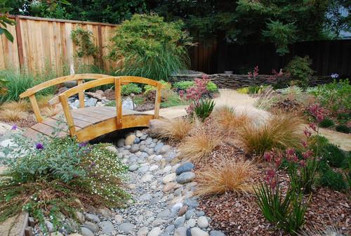 Japanesesque garden