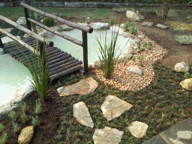 jardin lago alfa   1 contemporary-landscape