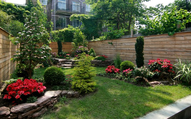 Joyce mo brownstone backyard carrol gardens brooklyn for Garden design brooklyn