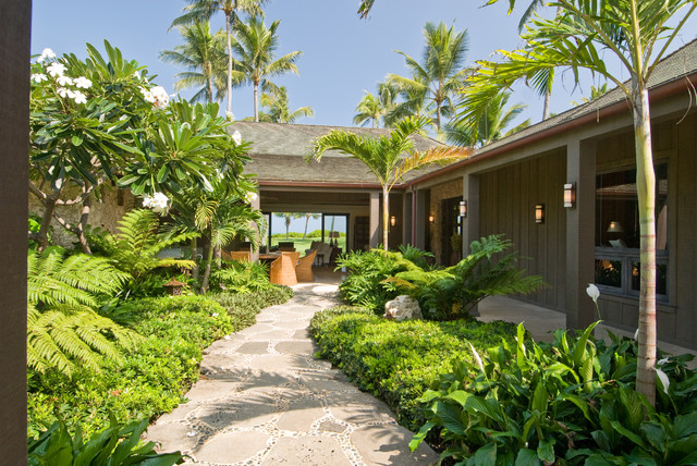 Kailua oceanfront courtyard residence for Tropical house plans with courtyards