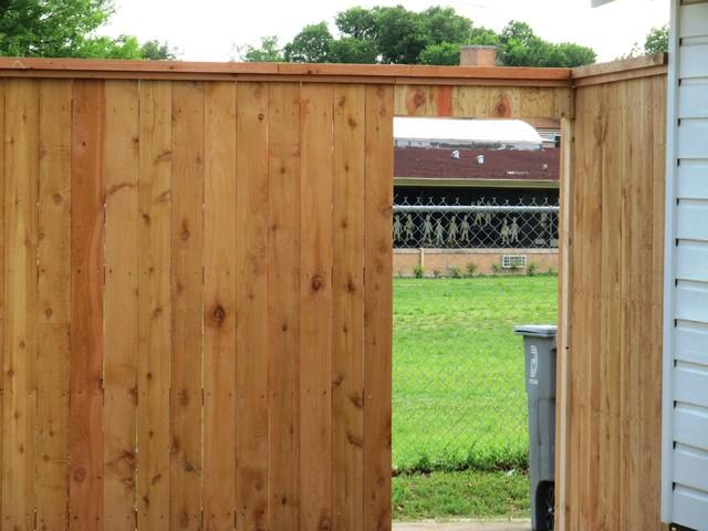 Kurt Smith Fence traditional-landscape