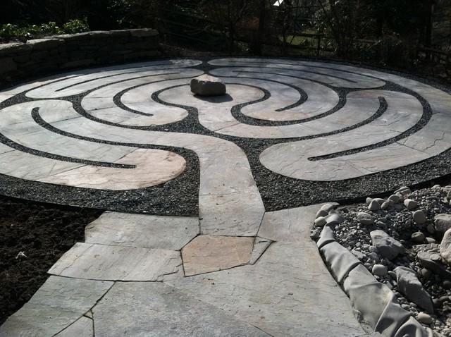Labyrinth eclectic-landscape